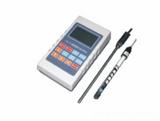 具有手动/自动温度补偿的便携式电导率仪