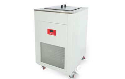 超低温恒温循环槽(-80℃~90℃)