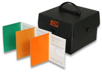 RAL 840-HR校准页(半光泽)RAL840-HR
