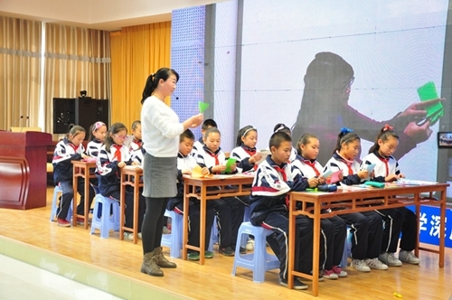 甘肃高台县:教育信息化工作成果丰硕