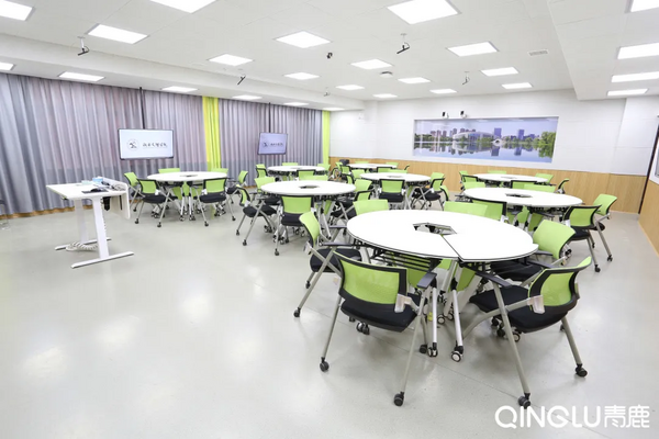 """湖南文理学院用智慧教室的""""三维一体""""课堂革命"""