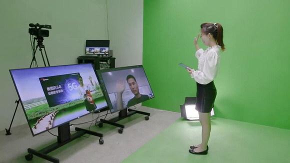 亲临体验叹为观止 ——奥图码5G远程教育解决方案直录播教室观感