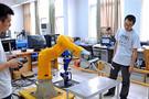 杭州电子科技大学:不锁门实验室 创新无限
