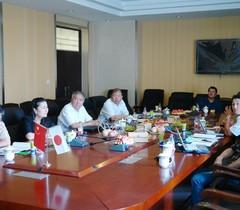 日本鸟取大学专家应邀到新疆农业大学进行交流
